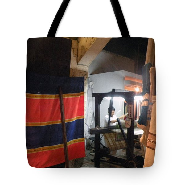 Tote Bag featuring the photograph Weaver In Playa Del Carmen by Dianne Levy