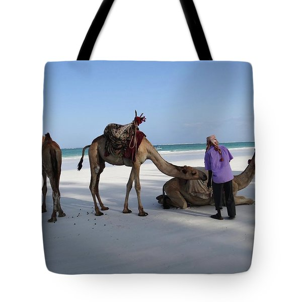 Wedding Camels In The Waiting ... Tote Bag