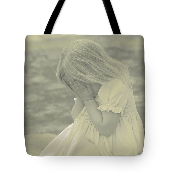 Tote Bag featuring the photograph Weeping Ivy by The Art Of Marilyn Ridoutt-Greene
