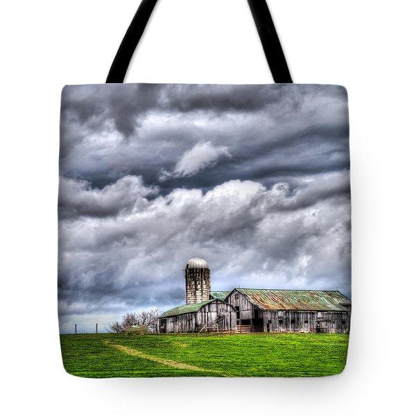 West Virginia Barn Tote Bag