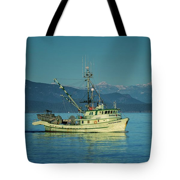 Tote Bag featuring the photograph Western King At French Creek by Randy Hall