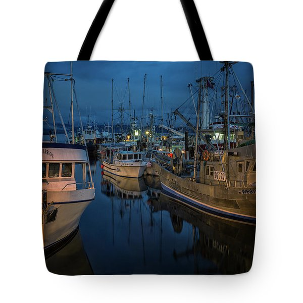 Tote Bag featuring the photograph Western Prince by Randy Hall