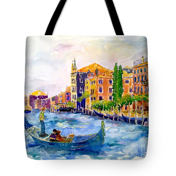 White Swan Of Cities Tote Bag