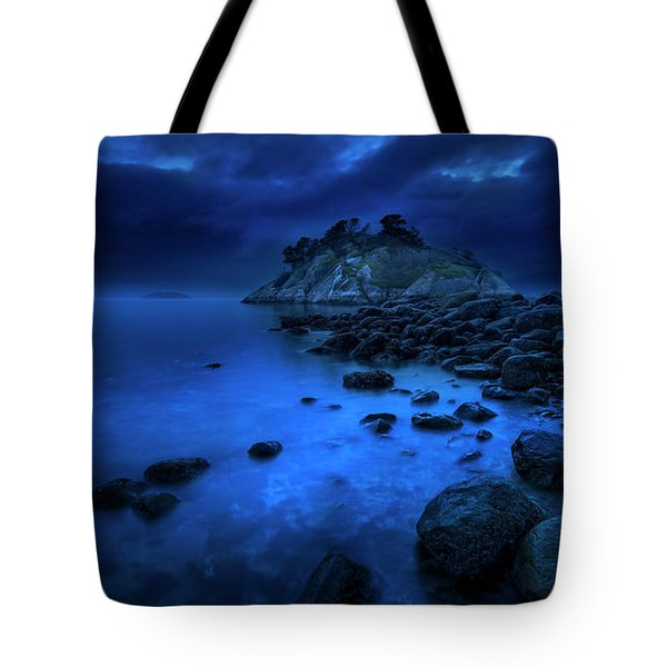 Tote Bag featuring the photograph Whytecliff Dusk by John Poon