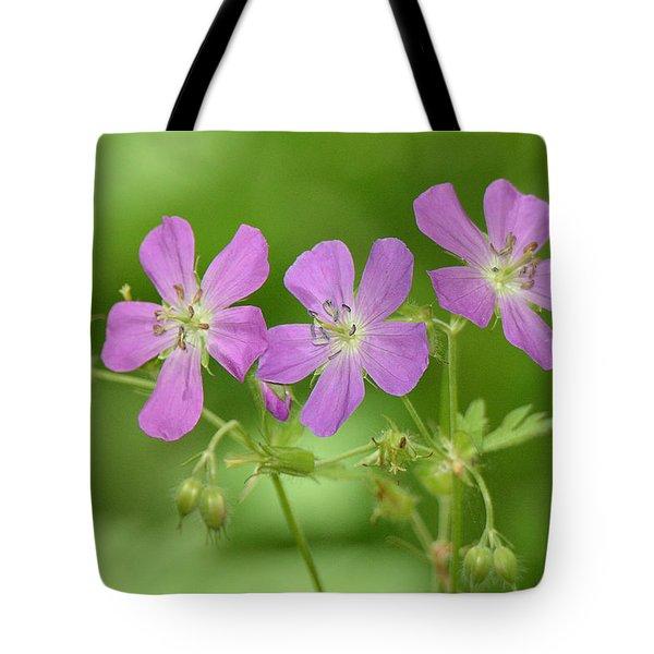 Wild Geranium  Tote Bag by Alan Lenk