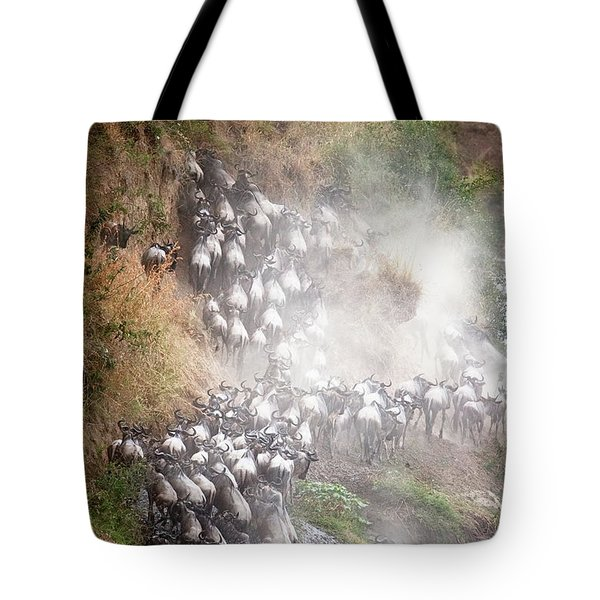 Wildebeest Climbing Up Mara River Bank Tote Bag