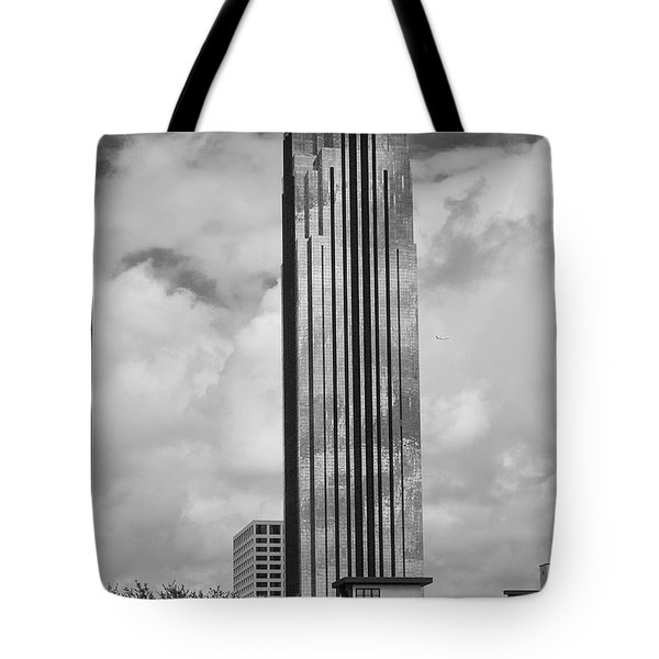 Williams Tower In Black And White Tote Bag