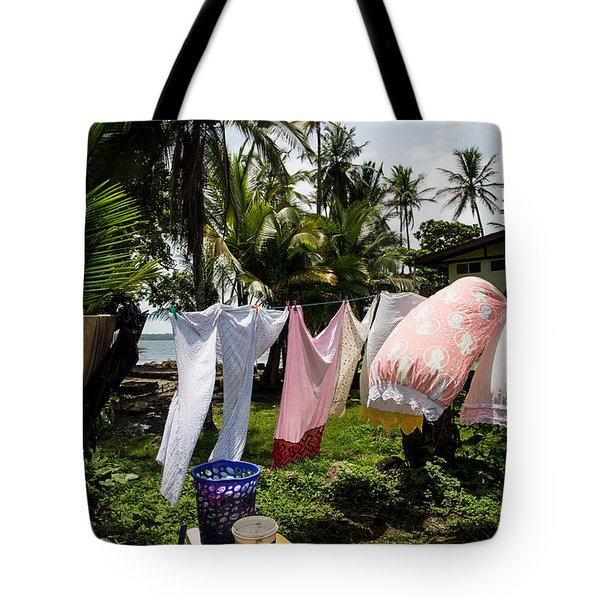 Wind Dryig The Laundry Tote Bag