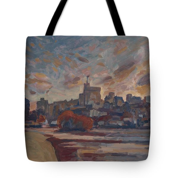 Windsor Castle Along The Thame Tote Bag