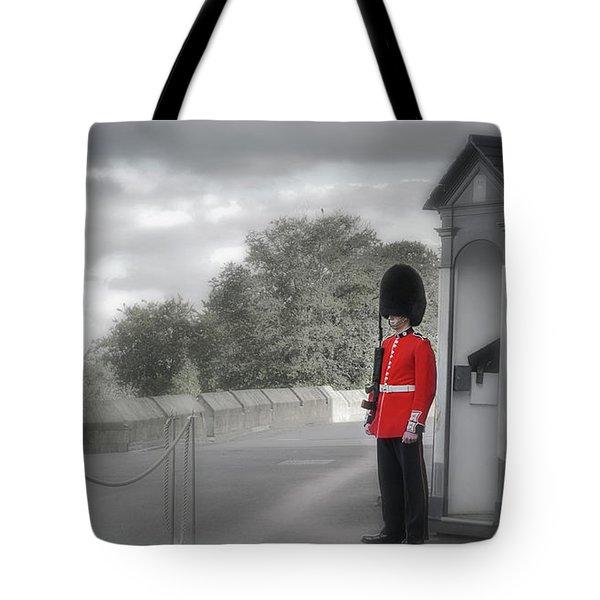 Windsor Castle Guard Tote Bag