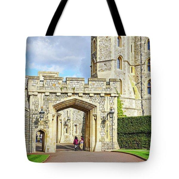 Windsor Castle Walk Tote Bag
