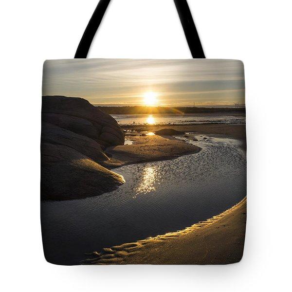 Wingaersheek Beach Sunrise Gloucester Ma Tote Bag