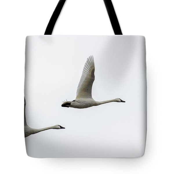 Winging Home Tote Bag