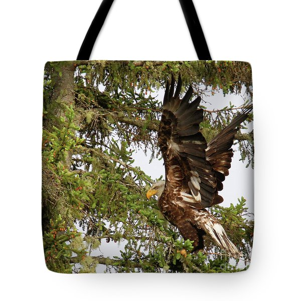 Tote Bag featuring the photograph Winging-it Up The Tree 1 by Debbie Stahre