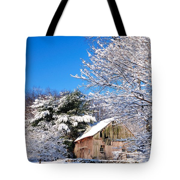 Winter Barn Scene-warren Ct Tote Bag