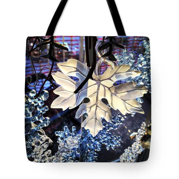 Tote Bag featuring the photograph Winter Leaf by KG Thienemann