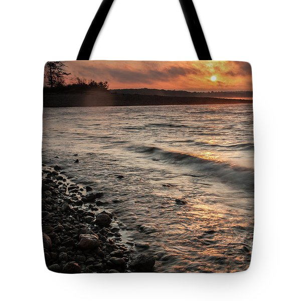 Tote Bag featuring the photograph Winter Morning At The Vetran's Lake by Iris Greenwell