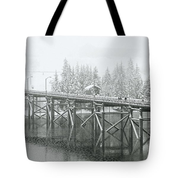 Winter Morning In The Pier Tote Bag
