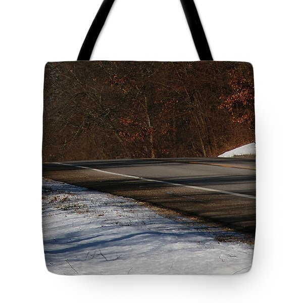 Winter Run Tote Bag by Linda Shafer