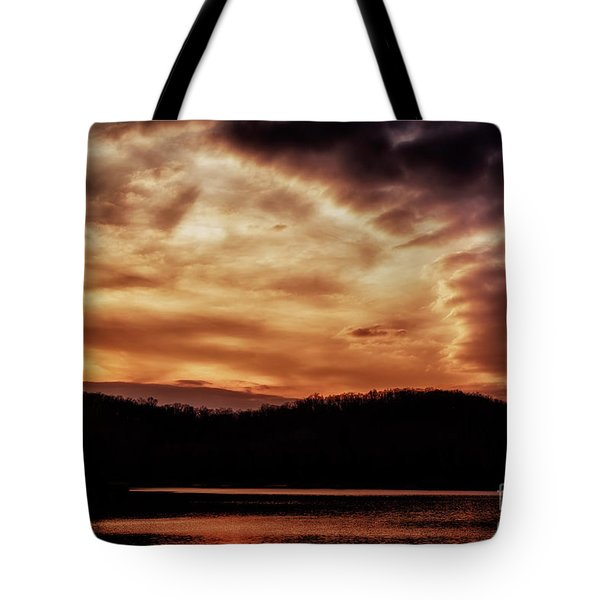 Tote Bag featuring the photograph Winter Sunset by Thomas R Fletcher