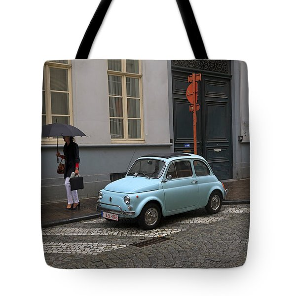 Woman With Umbrella Tote Bag by Louise Heusinkveld