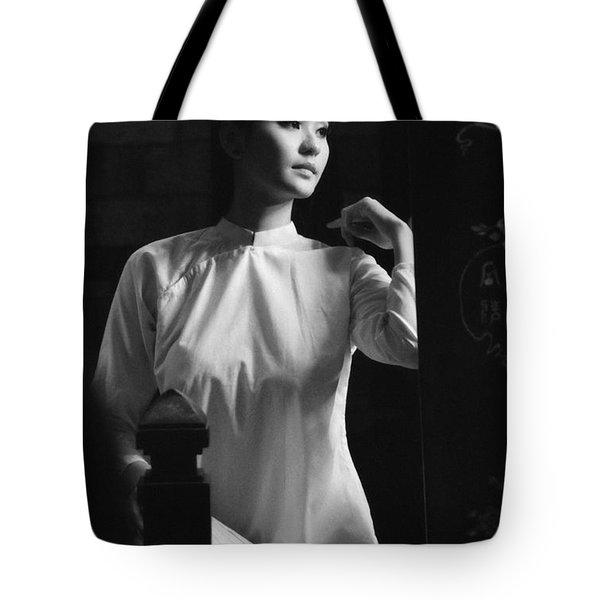 Women Vietnam Tote Bag