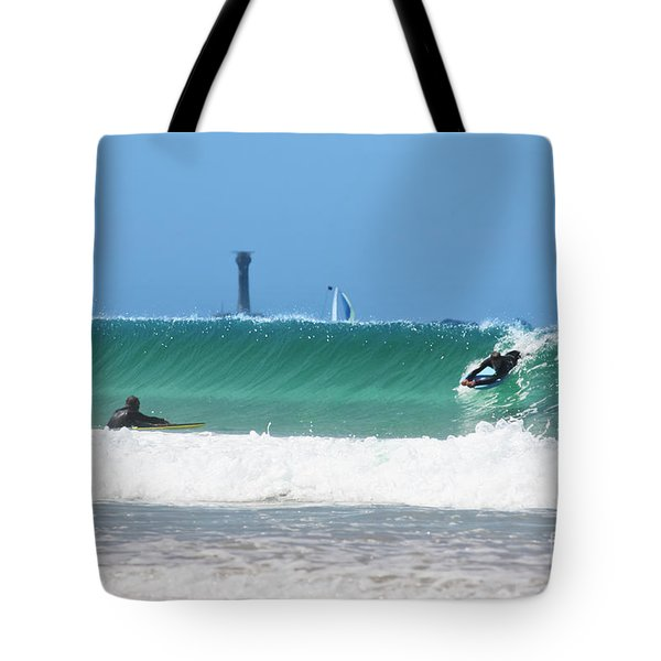 Tote Bag featuring the photograph Wonderwall by Terri Waters