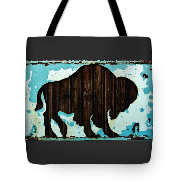 Tote Bag featuring the photograph Wood Buffalo by Larry Campbell