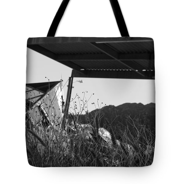 Wreak Black And White Tote Bag by David S Reynolds