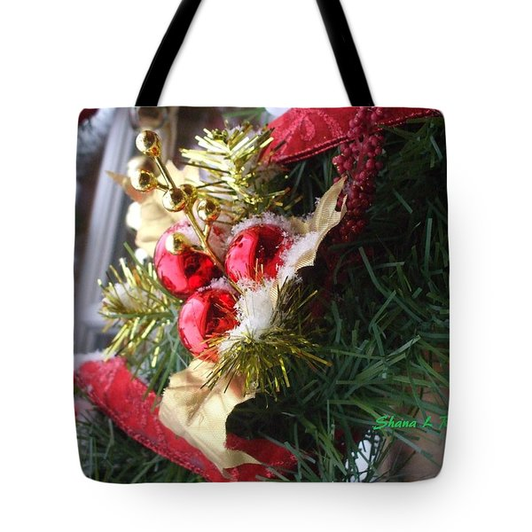 Tote Bag featuring the photograph Wreath by Shana Rowe Jackson