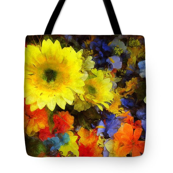 Xtreme Floral Seventeen Into The Depths Tote Bag by Spyder Webb