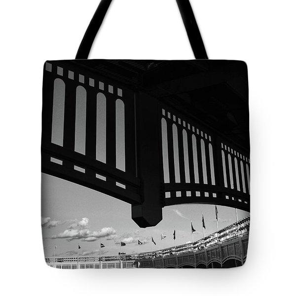 Yankee Stadium Facade - B And W Tote Bag