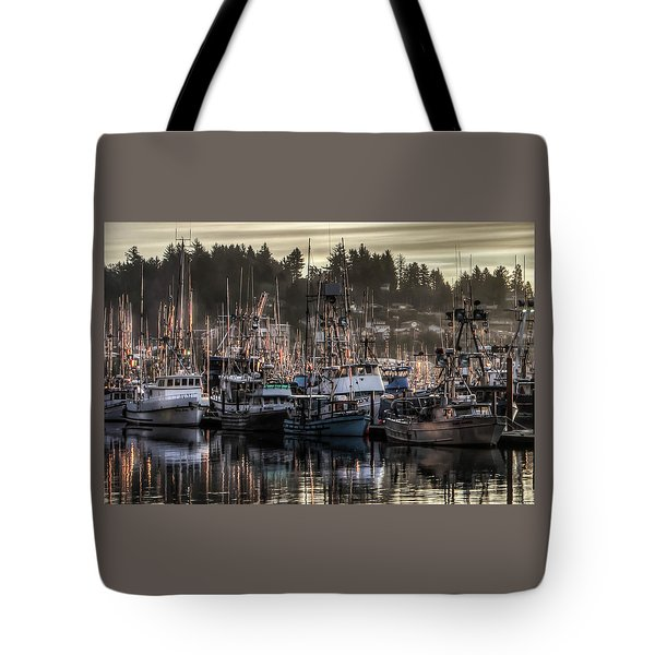 Tote Bag featuring the photograph Yaquina Bay Boat Basin At Dawn by Thom Zehrfeld
