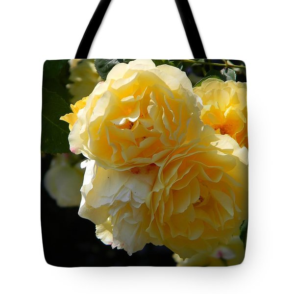 Yellow Roses Of Seattle Tote Bag