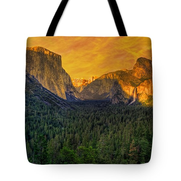 Tote Bag featuring the photograph Yosemite Valley by Kim Wilson