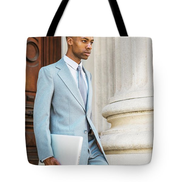 Young African American Businessman Working In New York Tote Bag