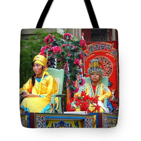Tote Bag featuring the photograph Young People Dreesed In Traditional Chinese Robes by Yali Shi