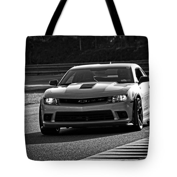 Z28 On Track Tote Bag