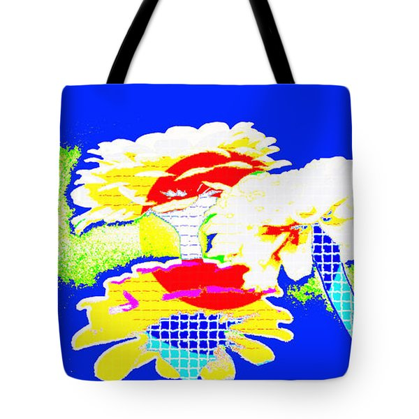 Zinnia Extreme   Tote Bag by Lila Fisher-Wenzel