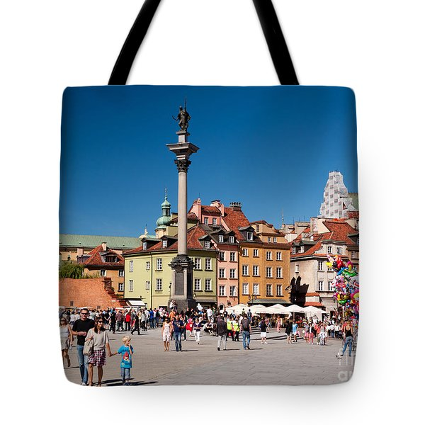 Zygmunt Monument And Tourists Tote Bag