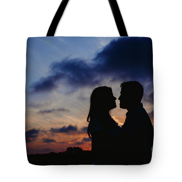 Couple With Cloud Sky Backlight Tote Bag