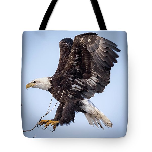 Eagle Coming In For A Landing Tote Bag