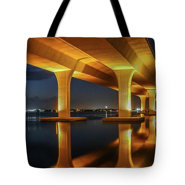 Tote Bag featuring the photograph Roosevelt Reflection by Tom Claud
