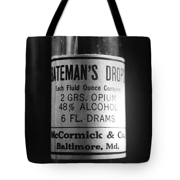 Antique Mccormick And Co Baltimore Md Bateman's Drops Opium Bottle Label - Black And White Tote Bag