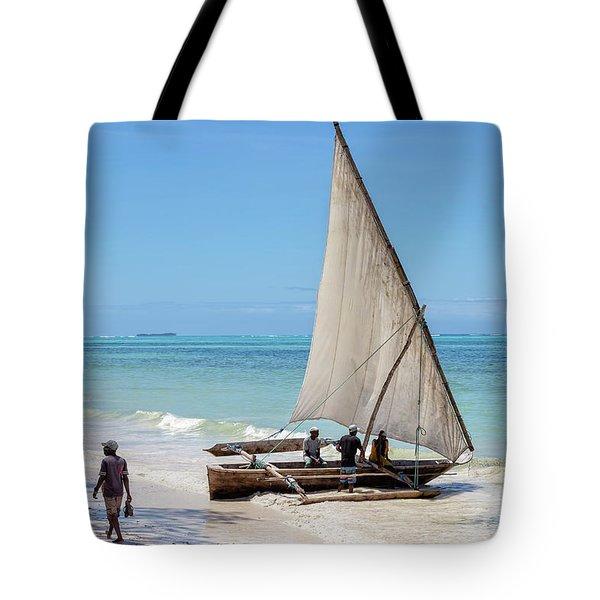 A Dhow In Zanzibar Tote Bag