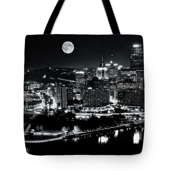 A View Of Pittsburgh Pa From Above Tote Bag