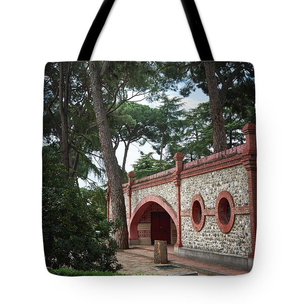 Architecture At The Gardens Of Cecilio Rodriguez In Retiro Park - Madrid, Spain Tote Bag