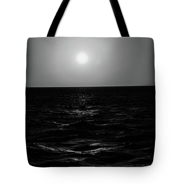 Aruba Sunset In Black And White Tote Bag