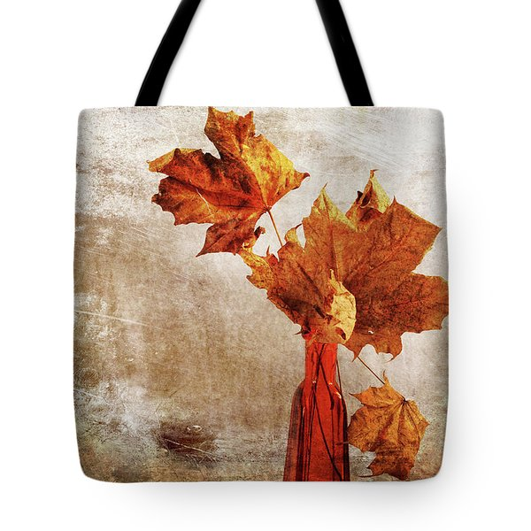 Tote Bag featuring the photograph Atumn In A Vase by Randi Grace Nilsberg