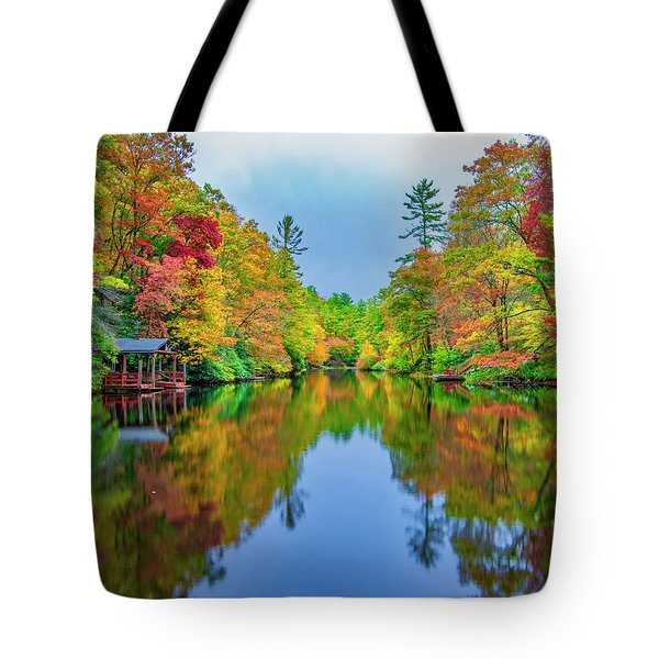 Tote Bag featuring the photograph Autumn On Mirror Lake by Andy Crawford